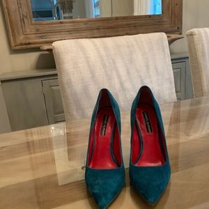 Charles jourdan Paris blue suede pumps